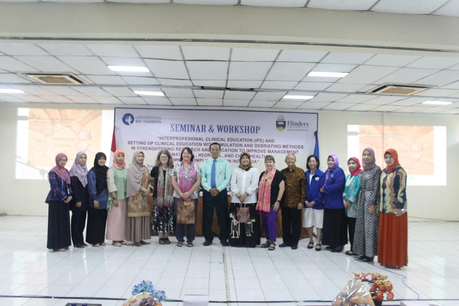 Seminar dan Workshop 'Interprofesiaonal Clinical Education (IPE) and setting up clinical education with simulation and debriefing methods in strengthening research and education to Improve management